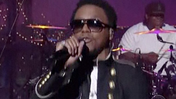 Lupe Fiasco Performs 'The Show Goes On' on 'Letterman'