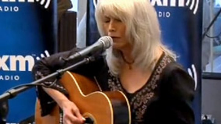 Exclusive: Emmylou Harris Plays Kate McGarrigle tribute on Sirius/XM