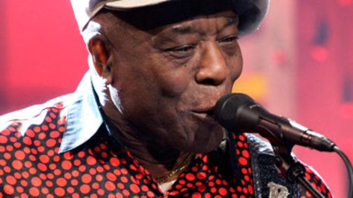 Buddy Guy  Performs autobiographical song '74 Years Young'
