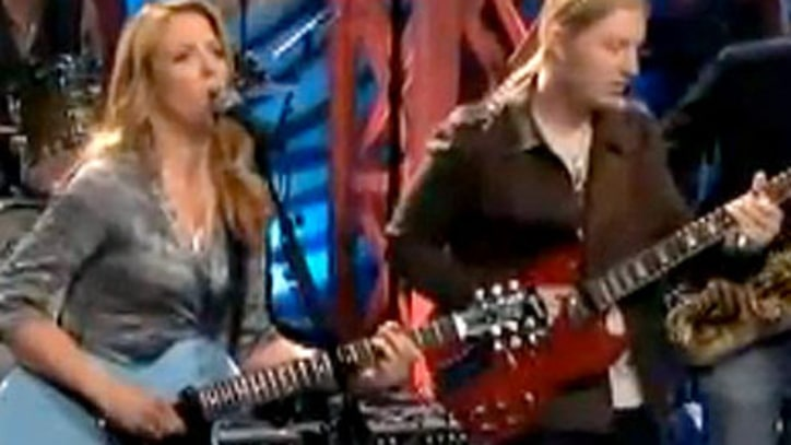 Tedeschi Trucks Band 'Learn How To Love'  live on Leno
