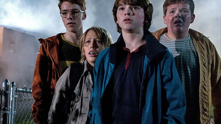 'Super 8' JJ Abrams' new movie is scary and sweet