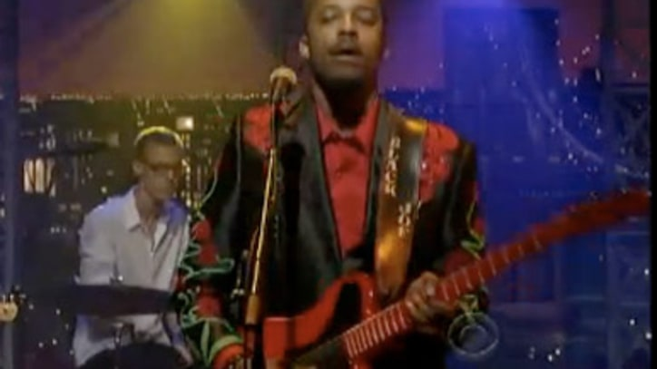Black Joe Lewis and the Honeybears 'Livin' in the Jungle' on Letterman