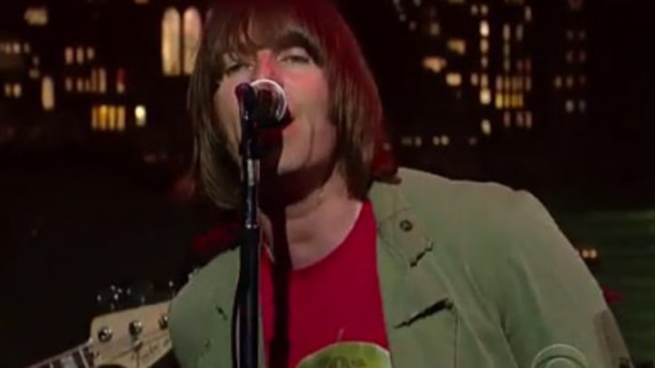 Beady Eye 'The Roller' on 'Letterman'