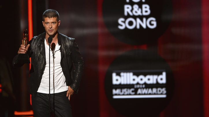 Robin Thicke Attempts to 'Get Her Back' in New Love Song