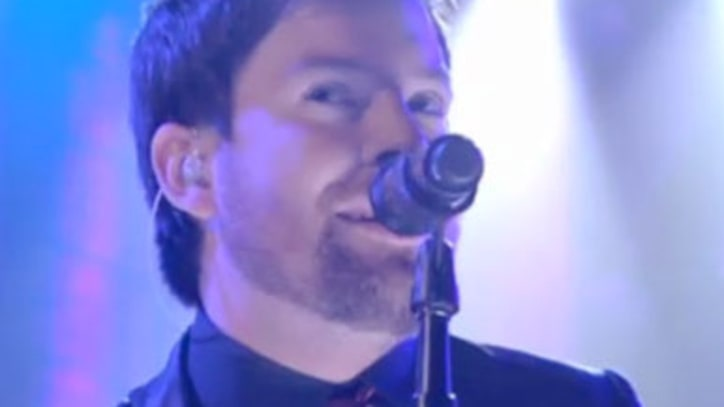 David Cook Performs new song on 'Lopez'