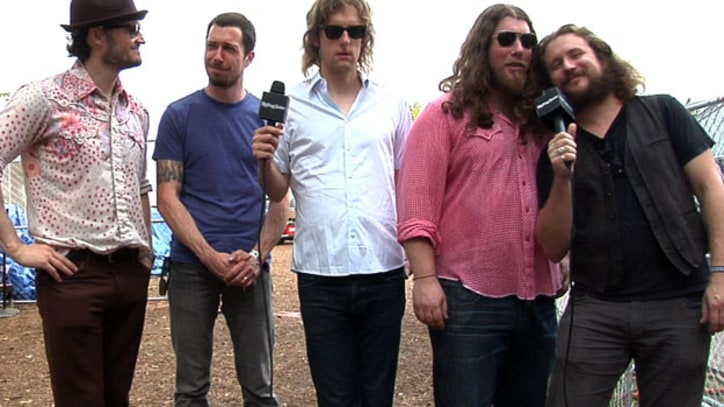 My Morning Jacket Plan tour announcement, talk Muppets