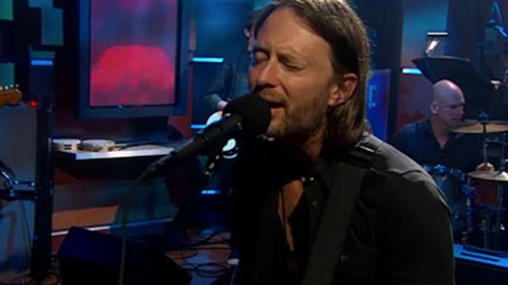 Radiohead 'Little by Little' on 'Colbert Report'