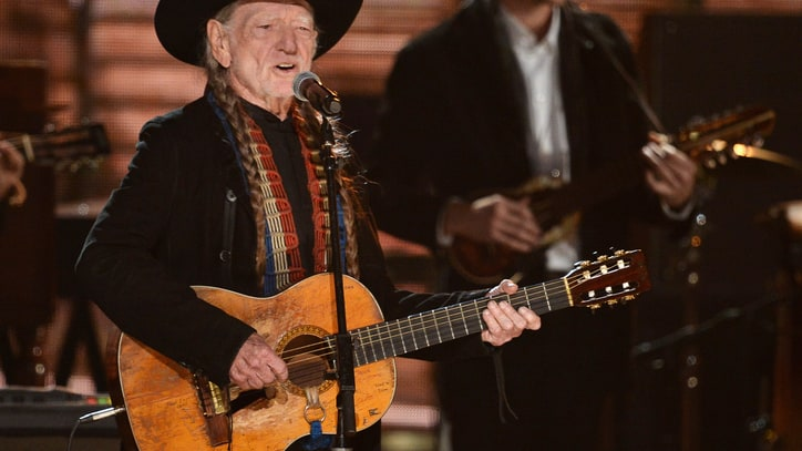 Willie Nelson's New LP 'Band of Brothers' Due in June