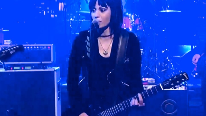 Joan Jett and the Foo Fighters 'Bad Reputation' on 'Letterman'
