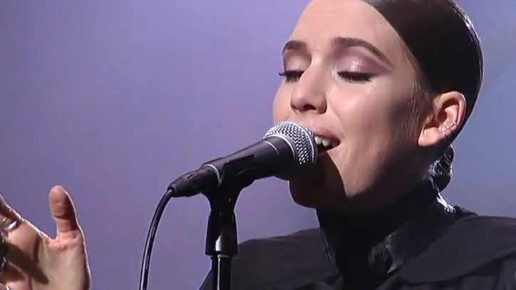 Lykke Li 'Silent My Song' on 'Letterman'