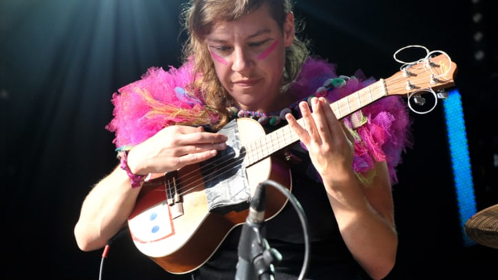 Tune-Yards 'You Yes You' on 'Kimmel'