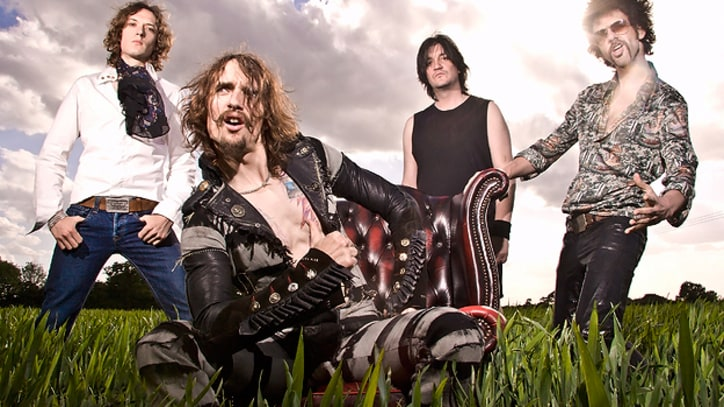 The Darkness 'Nothin's Gonna Stop Us'