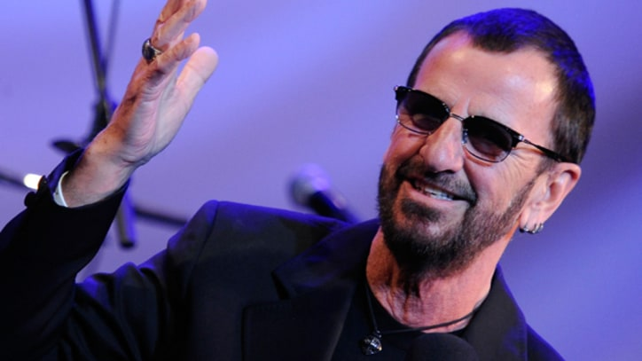 Ringo Starr 'Act Naturally' on 'Conan'