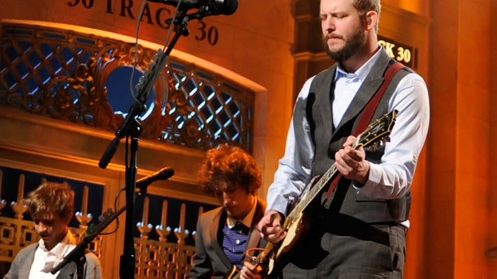 Bon Iver Perform 'Holocene' on 'SNL'