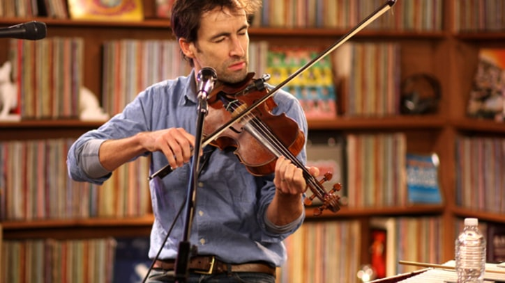 Andrew Bird Performs at the Rolling Stone studio