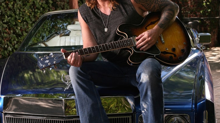Billy Ray Cyrus Goes 'The Distance' - Premiere