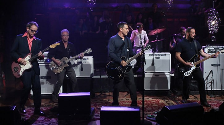 Afghan Whigs Play 'I'm Her Slave' on 'Fallon'