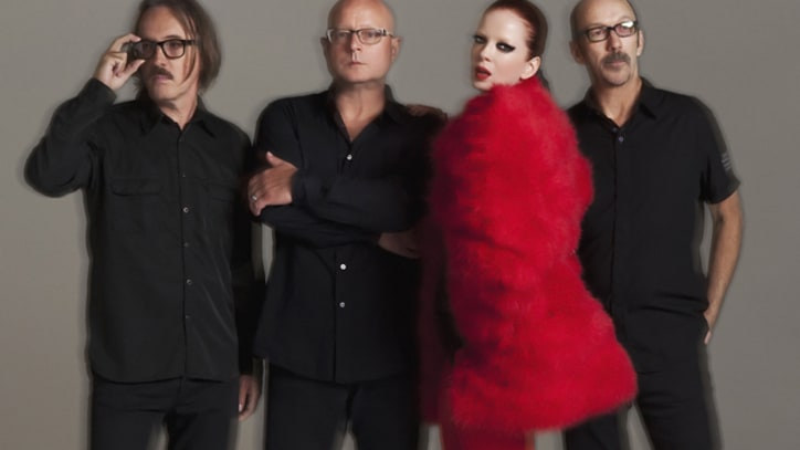 Garbage Rip Through 'I Think I'm Paranoid'