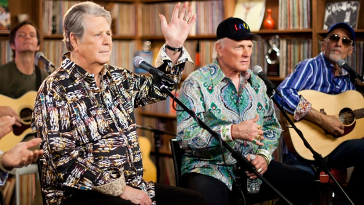 Beach Boys Play Their Classics Legends perform in Rolling Stone studio