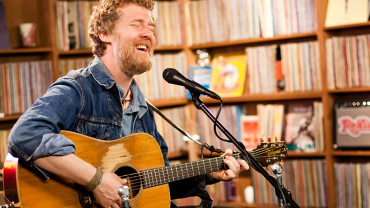 Glen Hansard Plays New Solo Tunes Performs cuts from 'Rhythm and Repose'