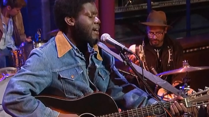 Michael Kiwanuka Makes U.S. Network Debut on 'Letterman'