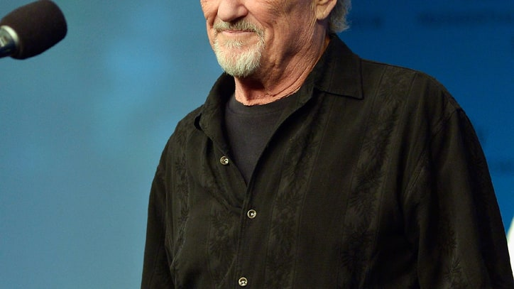 Kris Kristofferson Stuns PEN Awards With Impromptu Performance