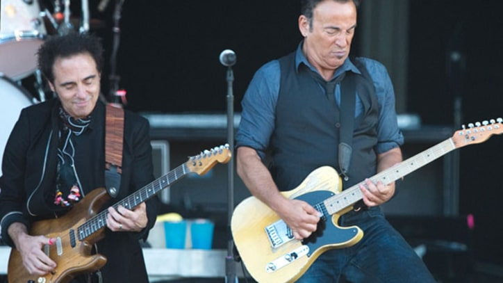 Bruce Springsteen Twists and Shouts at Isle of Wight