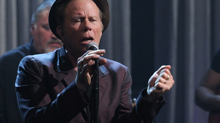 Tom Waits Plays 'Raised Right Men' on 'Fallon'