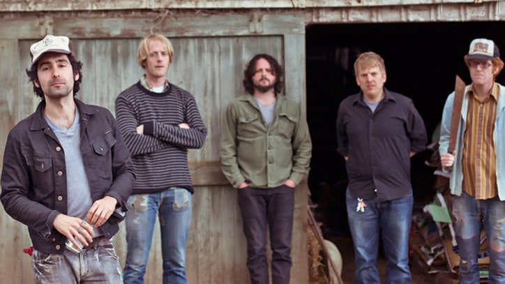 Premiere: Blitzen Trapper, 'Girl in a Coat'