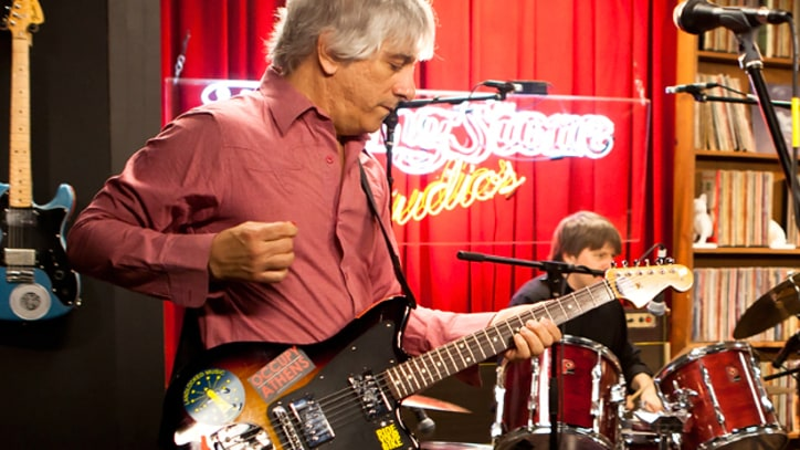 Lee Ranaldo Showcases Solo Tracks Sonic Youth guitarist discusses new LP