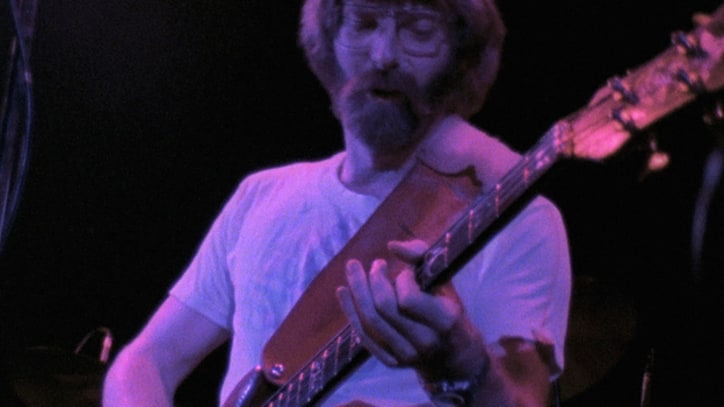 Premiere: Grateful Dead Play 'Going Down the Road' at 1974 Show