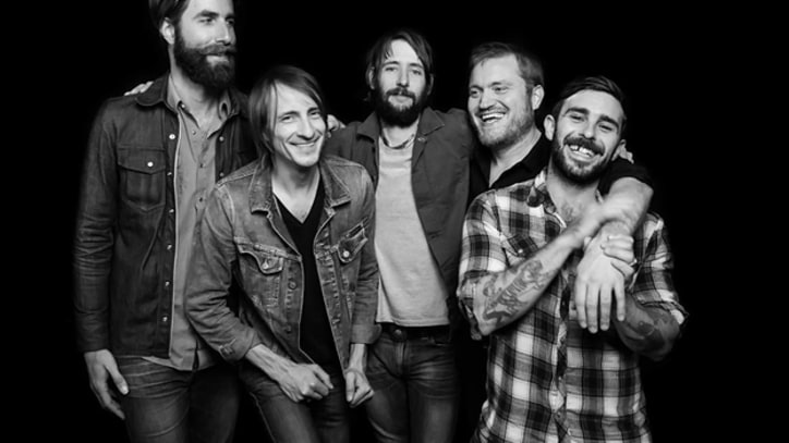 Band of Horses' 'Head in a Spin' Working With Producer Glyn Johns