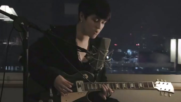The xx Find 'Angels' in a Tokyo Hotel