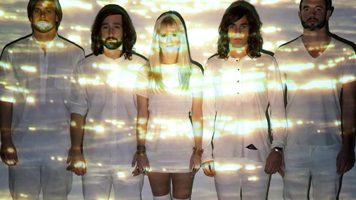 Premiere: Youngblood Hawke Strip Down 'We Come Running'