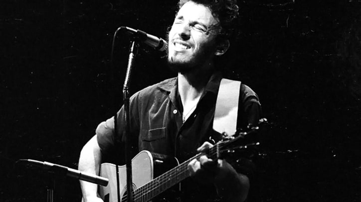 Flashback: Bruce Springsteen Opens for Dr. Hook in 1973