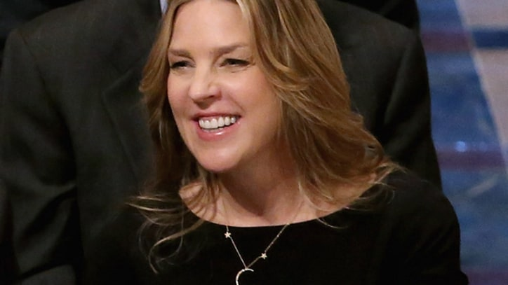 Diana Krall Honors Neil Armstrong With 'Fly Me to the Moon'