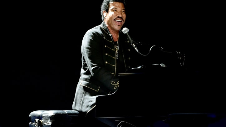 Lionel Richie Promises Country Sequel