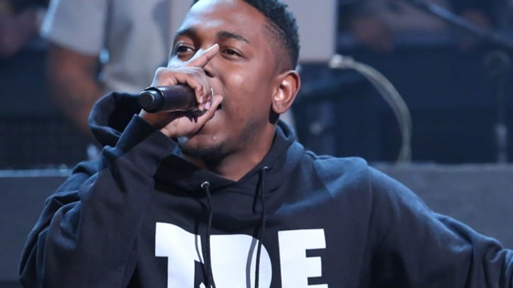Kendrick Lamar Dives Into 'Swimming Pools' on 'Fallon'