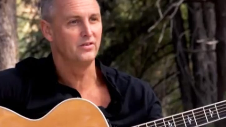 Pearl Jam's Mike McCready Urges Voters to Support Affordable Care Act