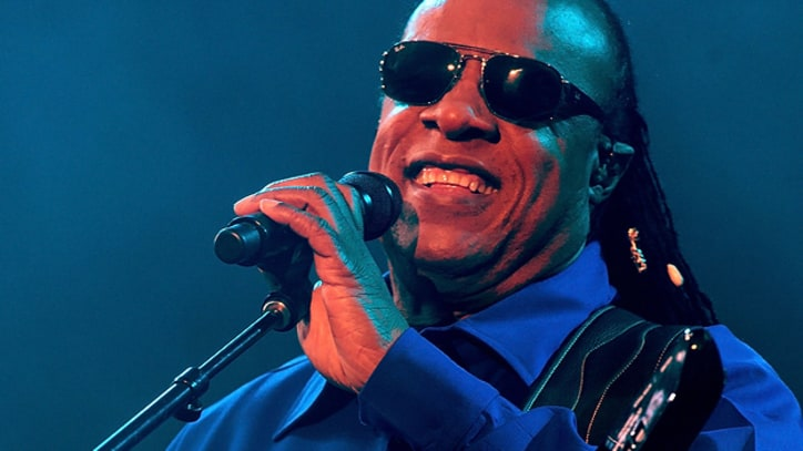 Stevie Wonder Releases Song Supporting Obama