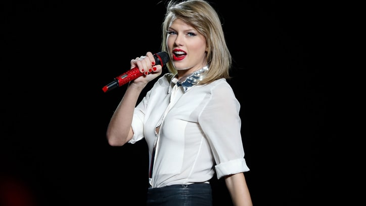 Breakups, Make-Ups and Takedowns: The Best of Taylor Swift