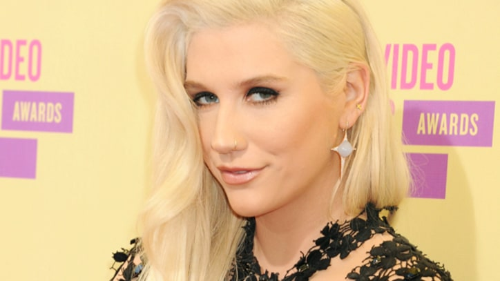 Ke$ha Performs Black Magic in 'Die Young'