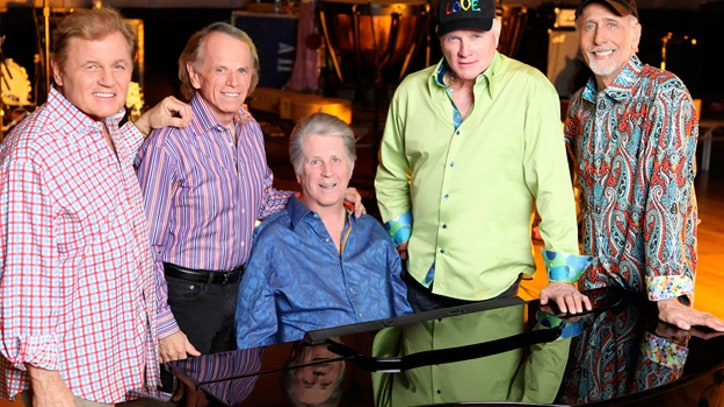 Beach Boys Take 'Little Deuce Coupe' for a Spin