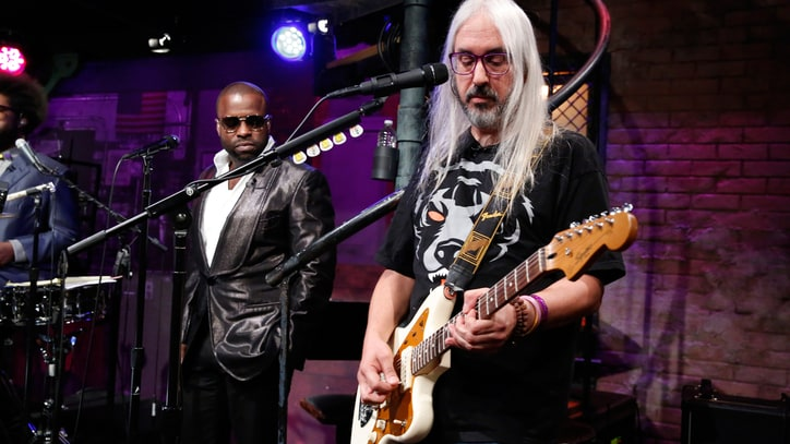 J Mascis Talks New 'Mellow' Solo Album 'Tied to a Star'