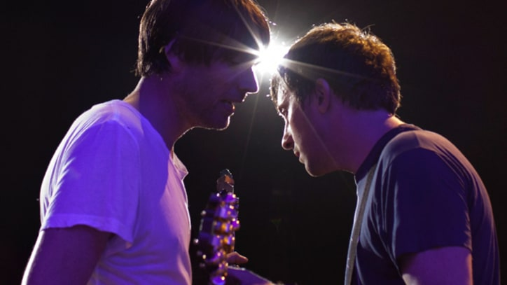 Blur Deliver Blistering 'Song 2' in Hyde Park Performance