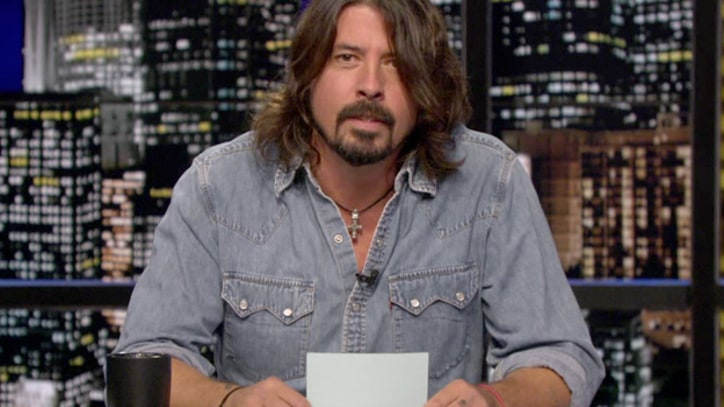 Dave Grohl Breaks Down Justin Bieber Grammy Snub on 'Chelsea Lately'