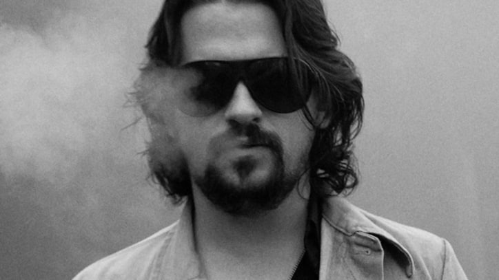 Shooter Jennings Teases LP With 'The White Trash Song' – Song Premiere