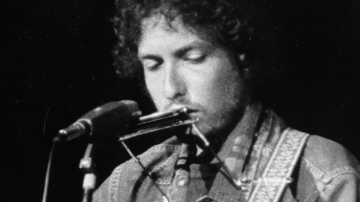 Flashback: Bob Dylan Returns to the Spotlight at the Concert for Bangladesh