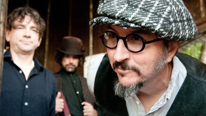 Primus Remember the Missing in 'Jilly's on Smack' – Premiere