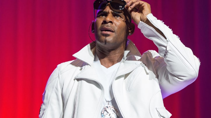 R. Kelly Records Song for Survivors of Newtown Shooting